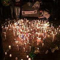 Hinchas colombianos también homenajearon al Chapecoense