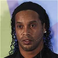 Ronaldinho está dispuesto a negociar con Chapecoense