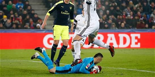 Con David Ospina, Arsenal derrotó 1-4 al Basilea de Álvarez Balanta