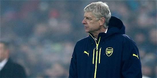'Alexis Sánchez y Mezut Özil, no están en venta': Arsene Wenger