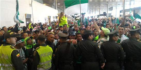 Locura en Bogotá por despedida de Atlético Nacional