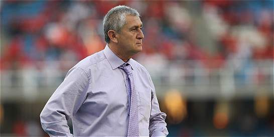 Eduardo Lara, nuevo técnico de la selección de El Salvador