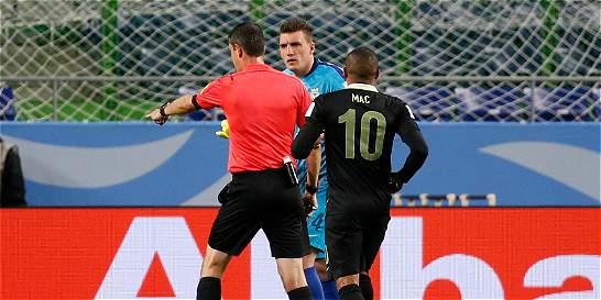 ¿Comparte que los árbitros se apoyen en videos en el fútbol?