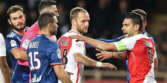 Mónaco perdió 1-3 con Lyon y quedó a 4 del Niza