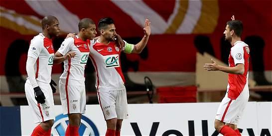 Falcao anotó en la victoria 2-1 del Mónaco contra el Ajaccio