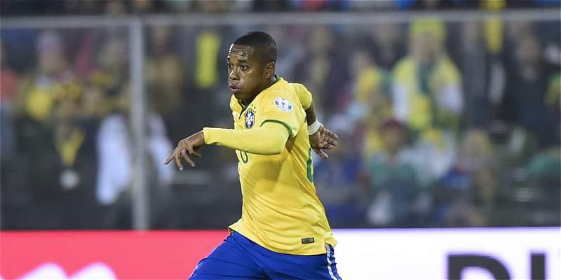 Diego y Robinho convocados por Brasil para el partido contra Colombia