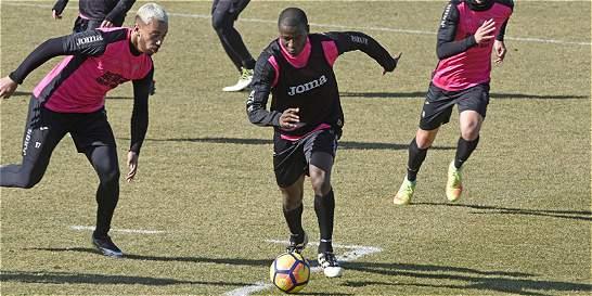 El colombiano Adrián Ramos ya entrena con el Granada de España