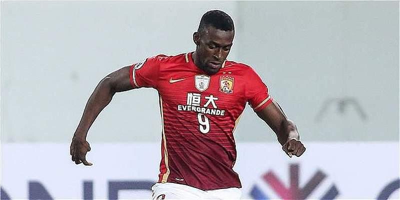 Jackson Martínez podría dejar la liga china para irse al Leicester