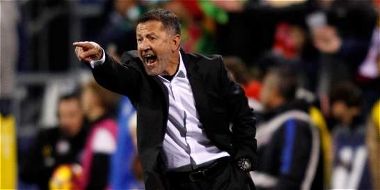 Juan Carlos Osorio estudia en Sevilla los métodos de Sampaoli