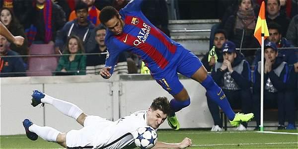 PSG: Buscan firmas para que se repita juego, Barcelona