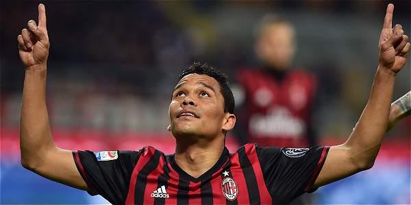 Carlos Bacca, delantero colombiano en el Milan.