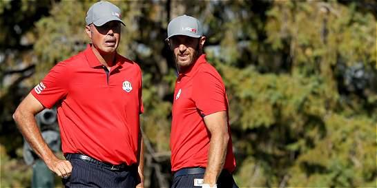 EE. UU. blanquea a Europa en primera ronda de Copa Ryder de golf