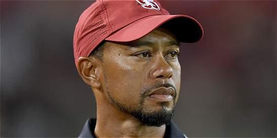 Tiger Woods aplaza su regreso al Circuito PGA