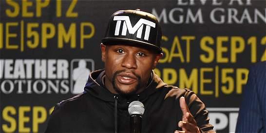Mayweather Jr. volvió a dar la imagen más 'lamentable' del boxeo