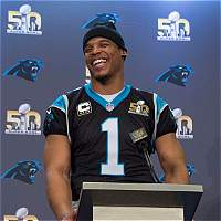 Cam Newton fue elegido como el jugador más valioso de la NFL