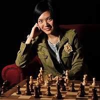 Yifan, una Gran Maestra del ajedrez que no terminó el colegio