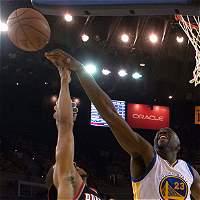 Warriors y Spurs se adelantaron en las semifinales de la NBA