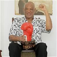 'Rocky' Valdez volvió a festejar 42 años después