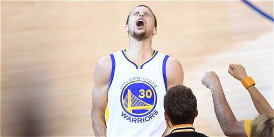 Warriors y Cavaliers arrancan la batalla por el título de la NBA