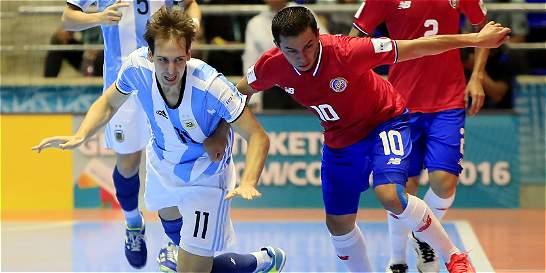 Argentina y C. Rica empatan 2-2 y pasan a octavos de Mundial de Futsal