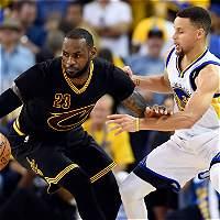 Comienza el duelo de LeBron y Curry por un nuevo título de la NBA