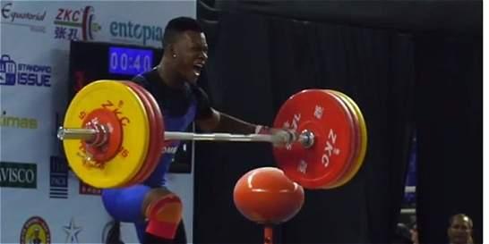 Jeison López, rey en pesas de los 77 kg del Mundial