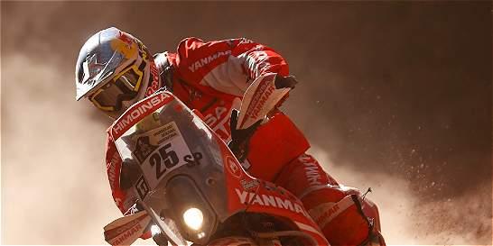 En Dakar, Loeb sigue primero en autos y Barreda lidera en motos