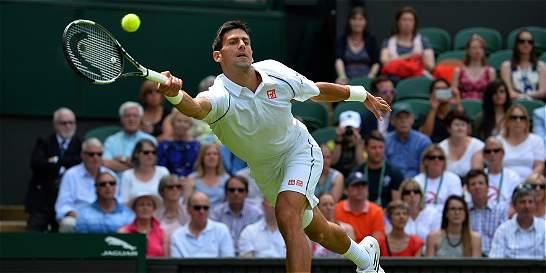 Djokovic, Serena y Sharapova debutaron con victoria en Wimbledon