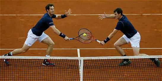 Gran Bretaña ganó el dobles y está 2-1 en la final de Copa Davis