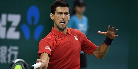 Djokovic vs. Bautista jugarán una de las semifinales en Shanghái