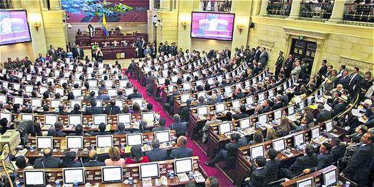 'Al paso que va la restitución de tierras se requerirán 100 años'