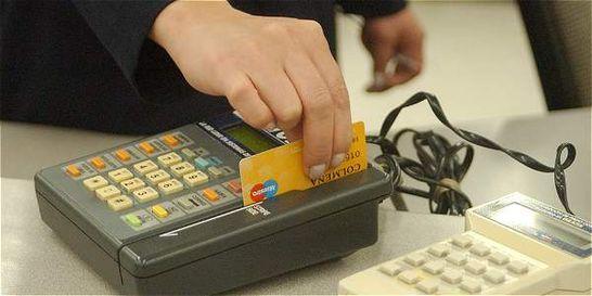 Tarjetas de crédito, principal motivo de queja de usuarios bancarios