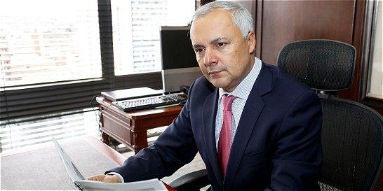 'Las nuevas tareas exigen capitalizar el Banco Agrario': Álvaro Navas