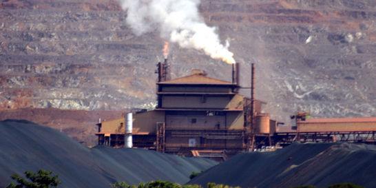 Cerro Matoso se resiste a parar