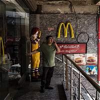 McDonald's se reestructura para enfrentar caída en sus ventas