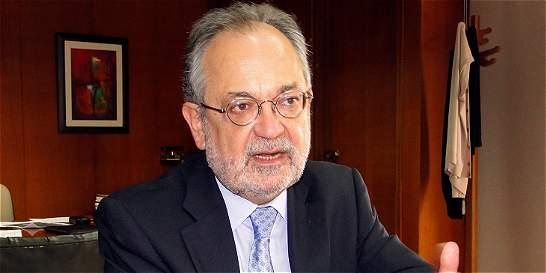Luis Fernando Alarcón, nuevo presidente de la junta del Éxito