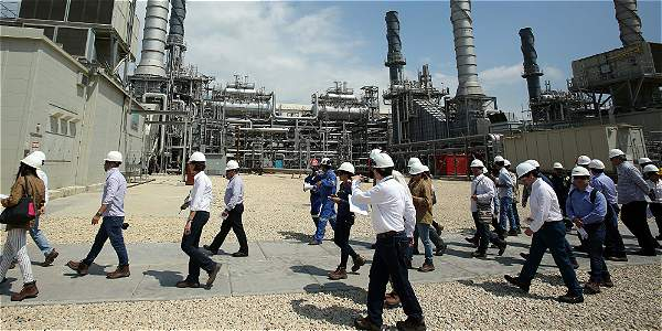 La refinería de Cartagena solamente estará en operación plena desde marzo y sus ingresos iniciales se destinarán al pago de deuda que contrajo Ecopetrol.