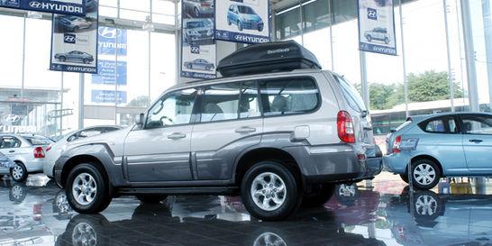 Hyundai, en pleito y cediendo mercado