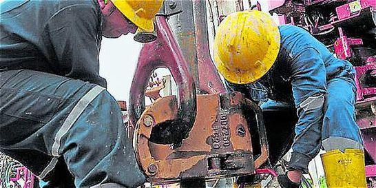 ¿Por qué caen la producción y la inversión en petróleo en el país?