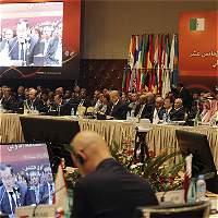 Opep acuerda reducir producción mundial de petróleo