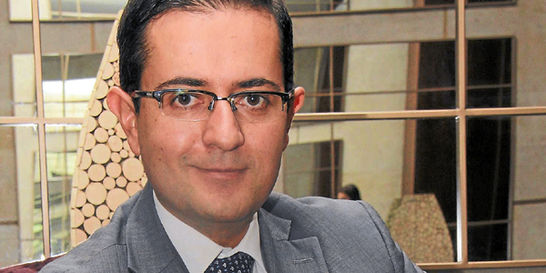 'Falta educar más a las personas en temas de inversión': Diego Mora
