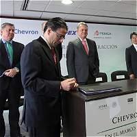 Pemex y Chevron crean consorcio de exploración