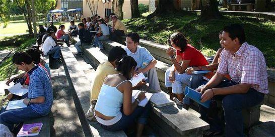Gobierno lanza convocatoria de crédito para grados y posgrados