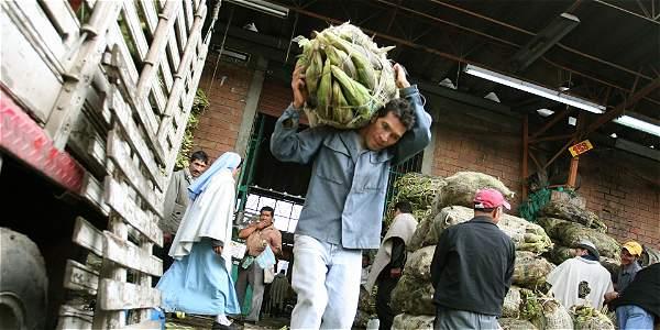El exministro Guillermo Perry afirmó que en Colombia debería existir una tarifa de IVA de entre el 23 y 26% similar a la que tienen países escandinavos, como Suecia.