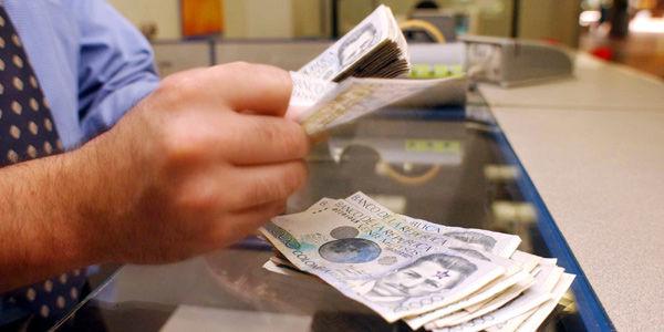 Los préstamos vencidos crecen siete veces más rápido que créditos nuevos. Mora es de $ 13,2 billones.