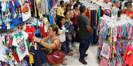 Hogares colombianos gastaron 5,8 % menos en Navidad
