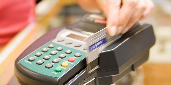 Colombianos gastaron $ 61,5 billones en 'tarjetazos' el año pasado