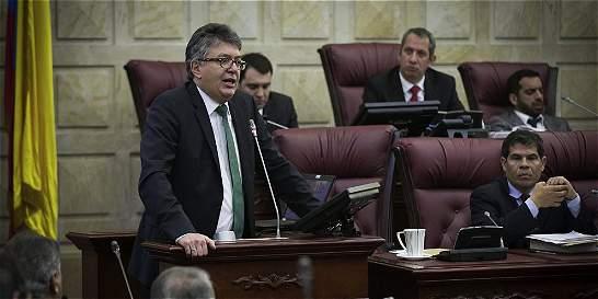 Presupuesto 2015 no baja gasto de nómina pública