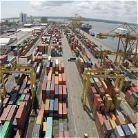 Déficit comercial anual supera los 15.000 millones de dólares