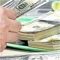 Dólar baja 92,16 pesos y el petróleo sigue recuperándose